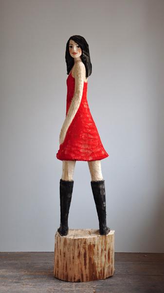 Rotes Kleid, Linde, Pigment, 2012, 190 cm