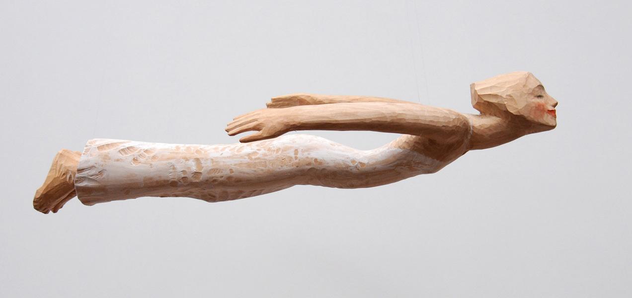 Fliegerin, Linde, Pigment, 2012, 65 cm